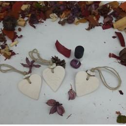 Pendentif d'argile à parfumer